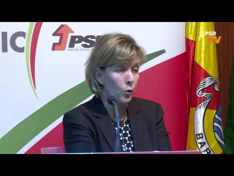 """Maria Luís Albuquerque na conferência """"Portugal com Futuro - um desafio para todos!"""", em Barcelos"""