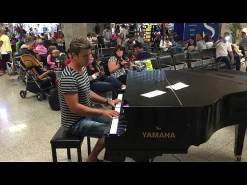 Evgeny Khmara: Pianist Evgeny Khmara played Armin Van B ...
