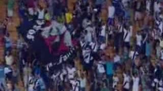 Haja coração. Com um olhar em Goiânia e outro no Rio de Janeiro, os vascaínos assistiram ao time de São Januário vencer o...