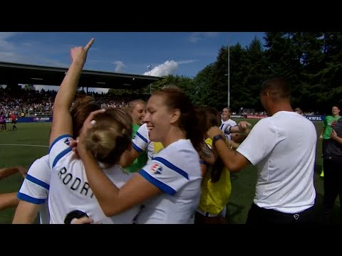 fc - Seattle Reign FC host FC Kansas City in the 2014 NWSL Championship Game.