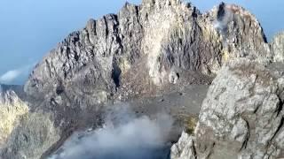 Download Video Pesona kawah gunung merapi MP3 3GP MP4