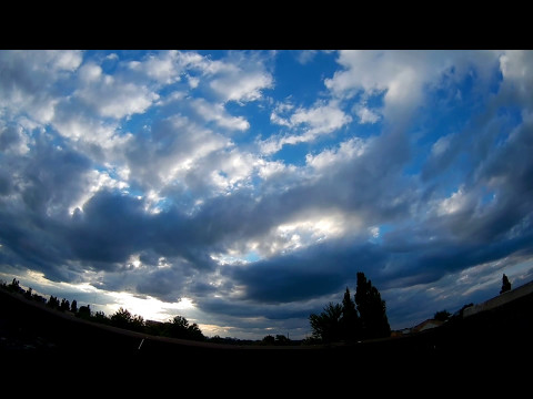 Весенний закат. Прекрасное небо. Таймлапс. Spring sunset. Beautiful sky. Timelapse