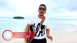 Ady - Menemukanmu - Official Music Video - NAGASWARA