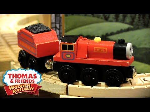 Mountain Tunnel Set Review | Thomas Wooden Railway Discussion #72