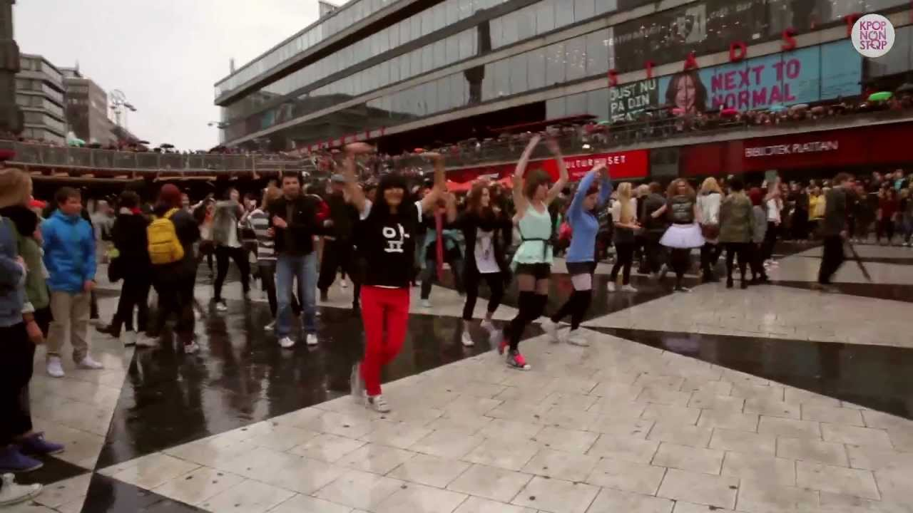 OFFICIAL – Gangnam Style Flash Mob Sweden 2012