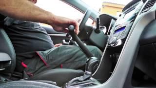 RO - brzda + mech. plyn (pravos, automat) 001a ve voze HYUNDAI i30