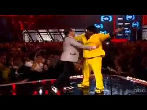 PSY & Tracy Morgan Dance on Billboard Music Awards 2013