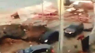 Indonesia tsunami 2018 - Man begs people to flee