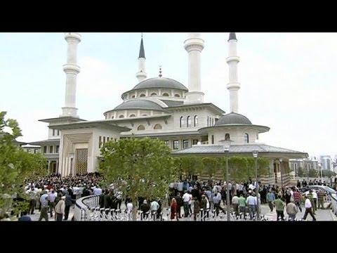 Τουρκία: Εγκαίνια μεγάλου τεμένους από τον Ερντογάν
