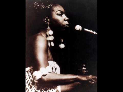 Tekst piosenki Nina Simone - It Don't Mean A Thing (If It Ain't Got That Swing) po polsku