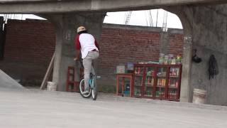 Gabriel BMX - Ayacucho 2015 (RUNASIMI Producciones)