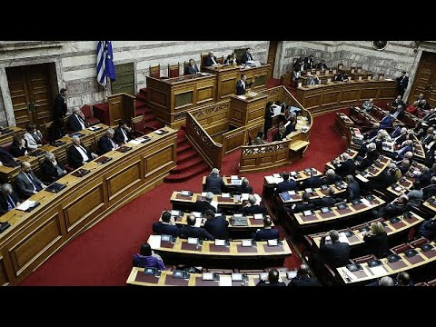 Βουλή: Εγκρίθηκε το ψήφισμα για την διεκδίκηση των γερμανικών οφειλών…
