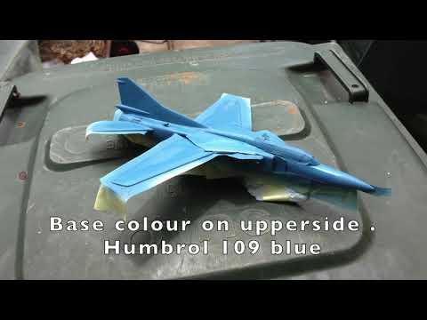 1:72 Art Model MiG-23UB Flogger...