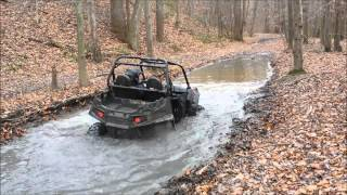 10. 2014 rzr 800xc vs 2014 rzr 900xp Le rutted out mudhole