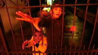 Video ENFERMÉS DANS UN PARC D'ATTRACTIONS DE NUIT POUR HALLOWEEN ! 😱 MP3, 3GP, MP4, WEBM, AVI, FLV Oktober 2017