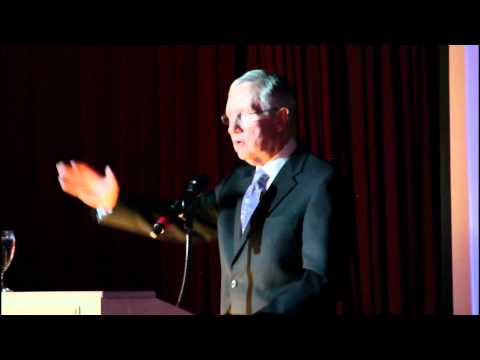 Video: Harry Reid Jokes With Asians That They Aren't All That Smart
