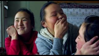 Nonton DIFF 2016 - THE EAGLE HUNTRESS Film Subtitle Indonesia Streaming Movie Download