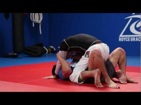 Royce Gracie vs Bart Kwan