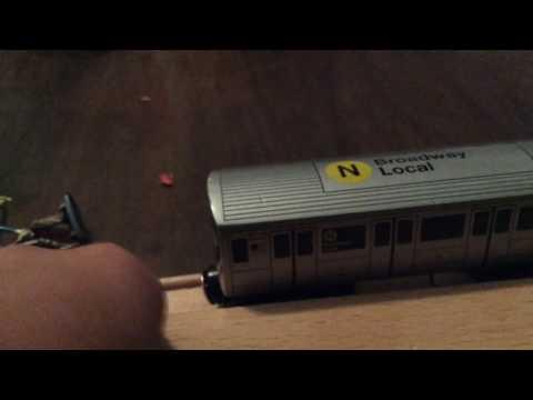 NYC subway munipals N train at 34st (видео)