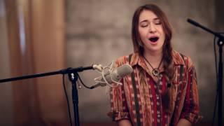 In Christ Alone (acoustic) - Lauren Daigle