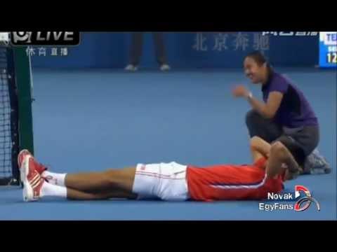 Những khoảnh khắc hài hước nhất của Novak Djokovic - phần 6