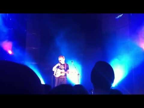Ed Sheeran- Wake Me Up Live 1/26/13