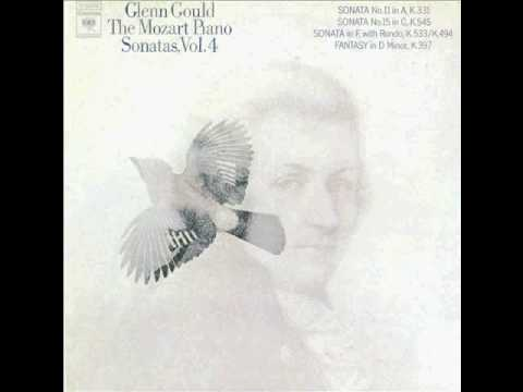 Glenn Gould - Mozart fantasia in D minor