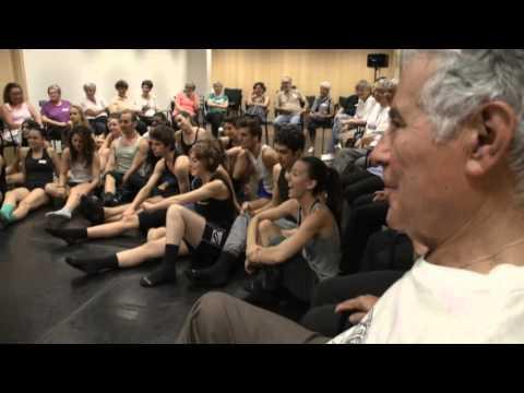 Programa Actua: Dansa per a certa i incerta edat.