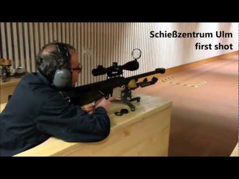 M90 - A friend of mine shooting his Barrett M90 for the first time with hand loads. Unfortunatly there were problems with the bullets. It seems like the brass soli...