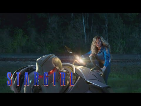 """Stargirl Episode 2   """"Stripesy Rescues Courtney"""" Opening Title Clip [HD]   DC"""