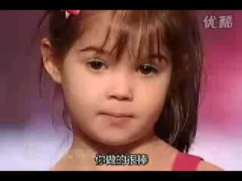 美國歌唱大賽4歲,可爱妹妹歌唱的好棒!