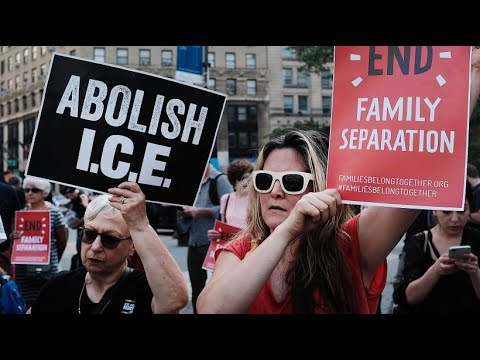 US-Regierung wegen Trennung von Migranten-Familien ve ...