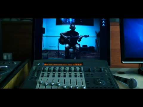 plomos - Video clip de OVEJA NEGRA, editado a partir de las filmaciones para la película BLUES DE LOS PLOMOS, documental que están realizando FARSA PRODUCCIONES y LA ...