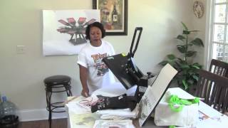 http://www.tshirtbusinesstutor.com Why use a heat press machine to make your t-shirt designs vs using screen printing to make your designs.