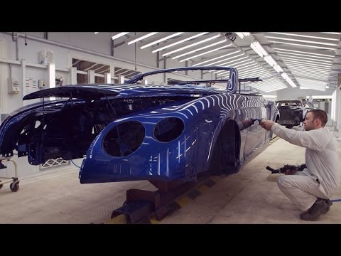 бентли - Once a Mulsanne chassis is complete it heads to the paint shop. From there, it is evaluated by a team of paint professionals who look for any blemishes, defe...