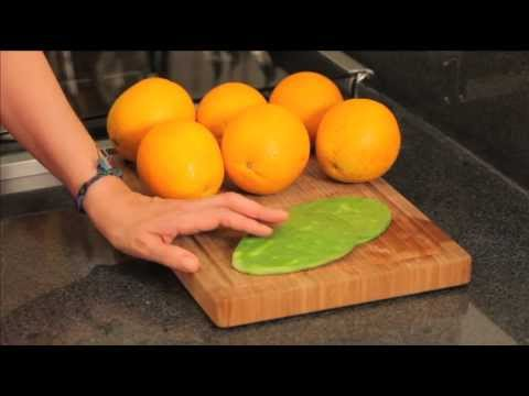 Jugo de naranja con nopal - Orange Juice with Cactus