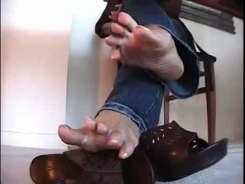 feet under table -