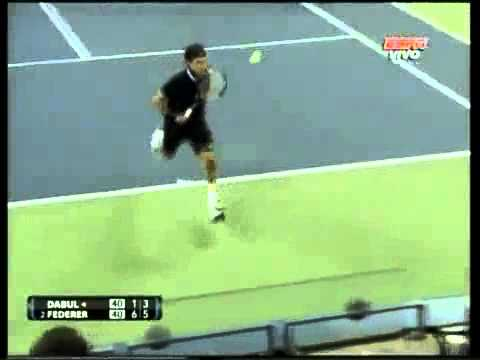 Roger Federer Hits Amazing Shot Through His Legs In US Open 2010 – Best Tennis Shot Ever