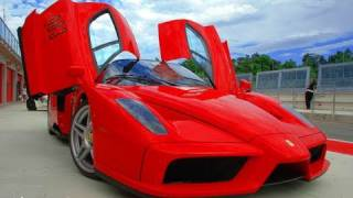 Download video youtube - Ferrari vs Lamborghini - The Ultimate Battle