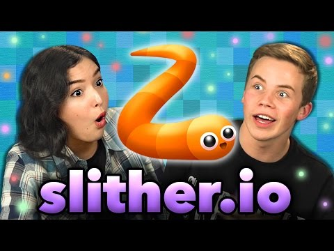 SLITHER.IO (Teens React: GAMING)