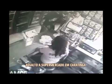 Câmeras flagram assalto a supermercado em Caratinga; veja imagens