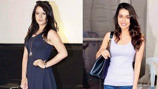 Top 10 Hot Daughters Of Indian Celebs 1. Shraddha Kapoor 2. Alia Bhatt 3. Dishani Chakroborty 4. Krishna Shroff 5. Sonam Kapoor 6. Sara Ali Khan 7. Sara Tend...