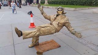 Video Secret revealed London street performer, floating and levitating trick MP3, 3GP, MP4, WEBM, AVI, FLV Juli 2017
