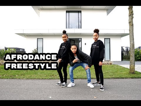 Petit Afro Presents - AfroDance Freestyle Ft. Fenuel, Jayda & Djessila || HRN Video 4K