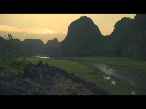 Việt Nam đẹp lạ kỳ trong clip của nữ triệu phú gốc Việt
