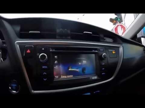 2015 Toyota Auris Hybrid Hatchback