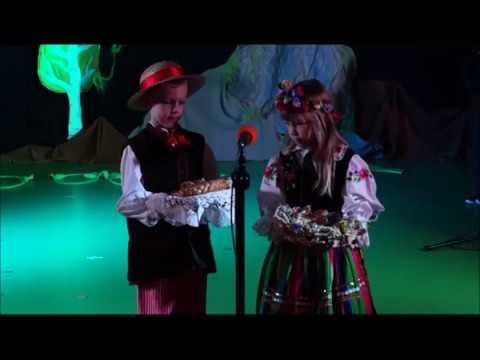 Święto Niepodległości 2016 występ dzieci z grupy 4