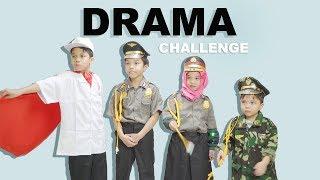 Video Pake Kostum di Tempat Umum Kocaaak!!! | Costume Challenge Gen Halilintar MP3, 3GP, MP4, WEBM, AVI, FLV Juli 2018