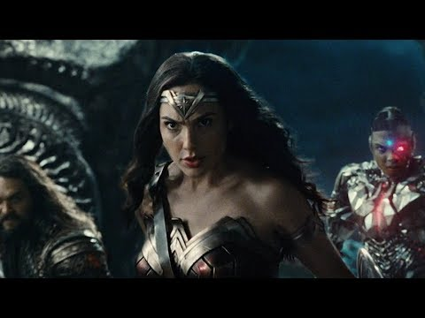 Justice League (Featurette 'Casting Wonder Woman')