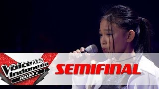 "Video Anneth ""It's a Man's Man's Man's World"" 